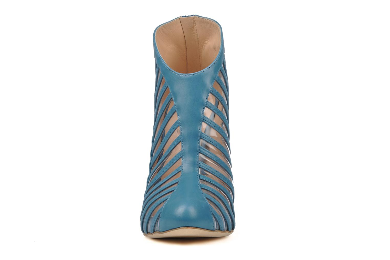 Botines  Mary-Kyri Zoa Azul vista del modelo