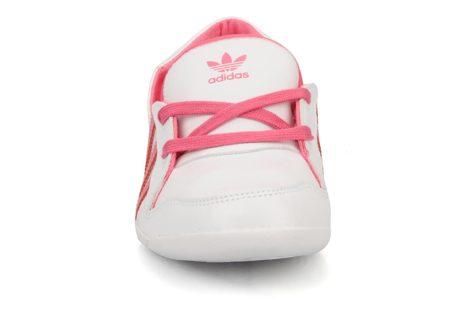 Ballerina's Adidas Originals Forum slipper Wit model