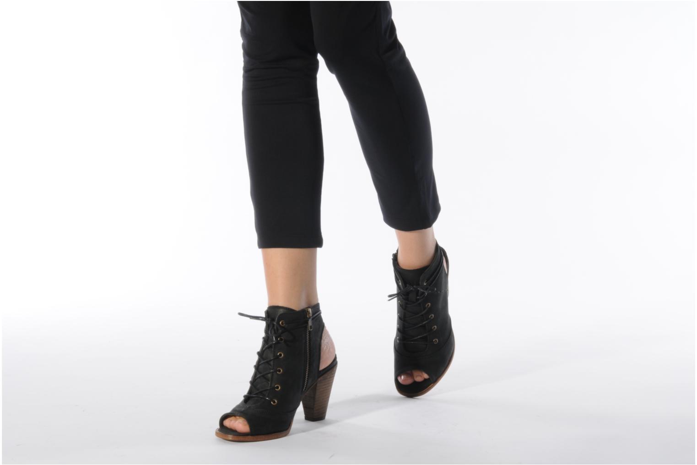 Sandalen H By Hudson Henshaw schwarz ansicht von unten / tasche getragen