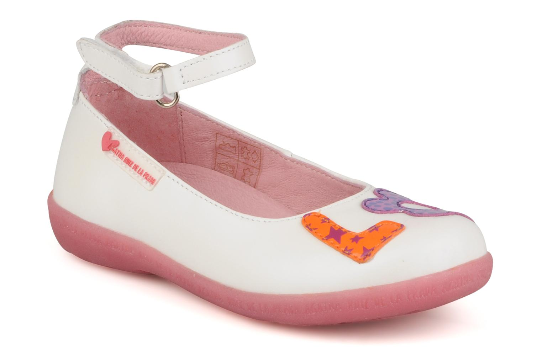 Ballerines Agatha Ruiz de la Prada Napa love baby Blanc vue détail/paire