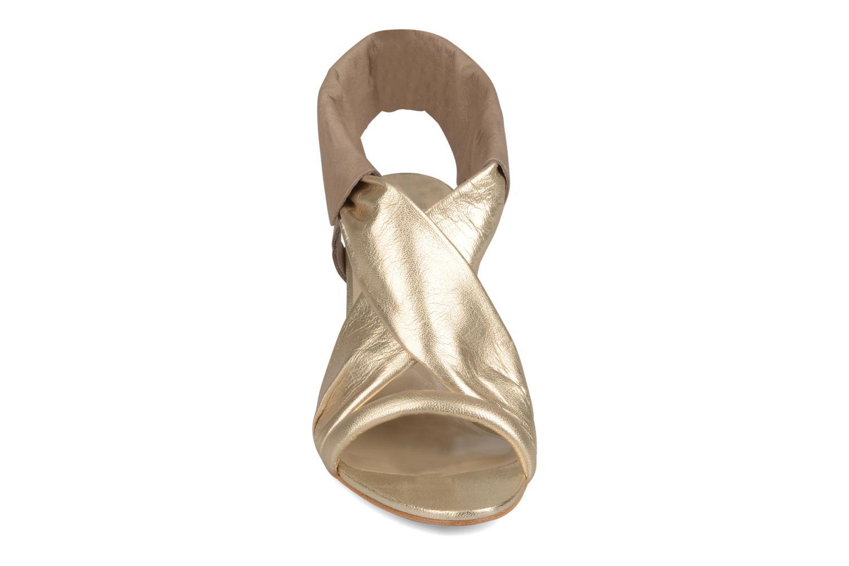 Sandalen Paul & Joe Sister Dolly gold/bronze schuhe getragen