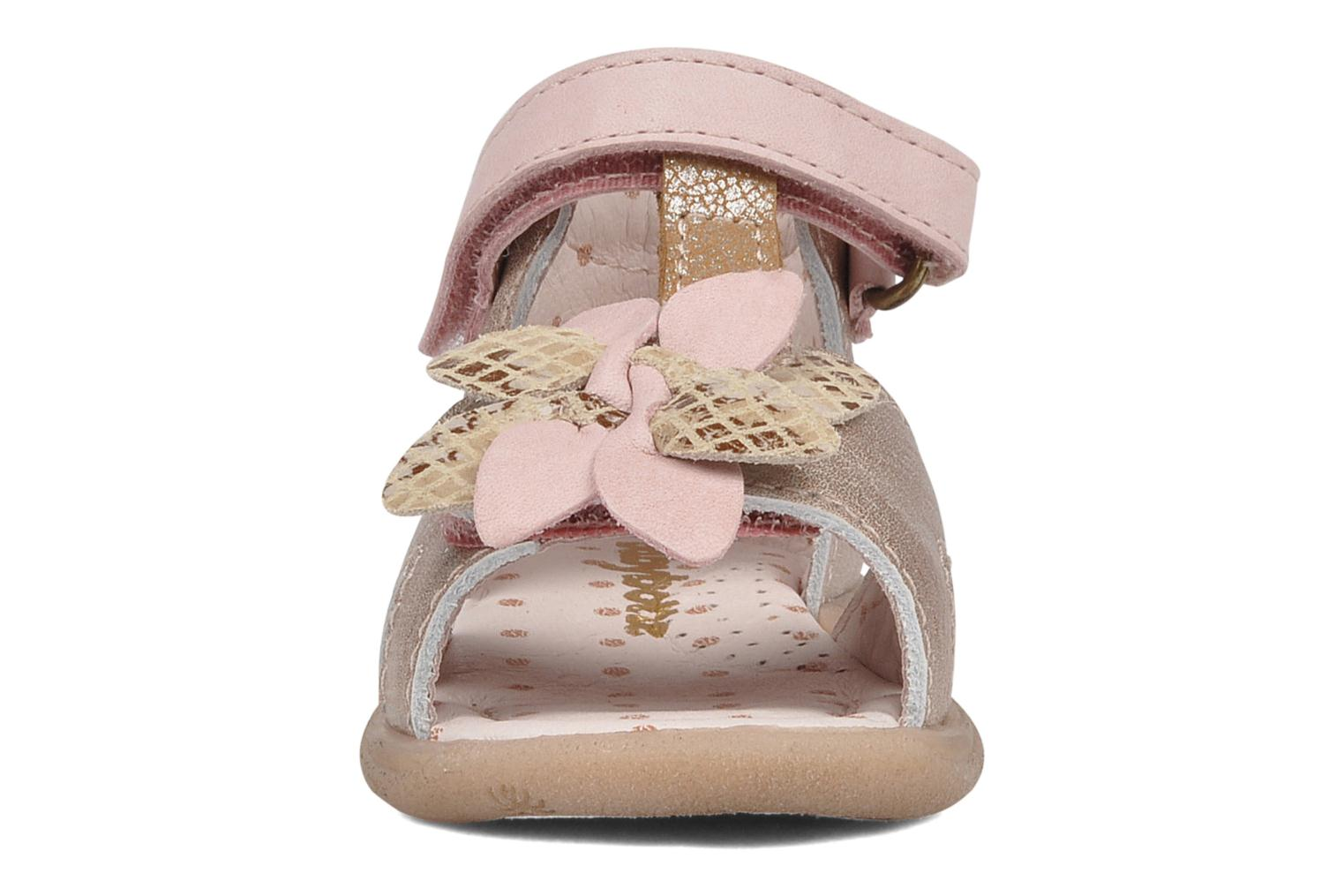 Sandals Babybotte Trezor Bronze and Gold model view