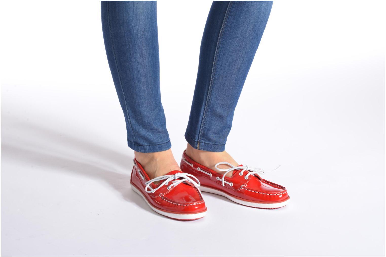 Chaussures à lacets TBS Clamer Rouge vue bas / vue portée sac
