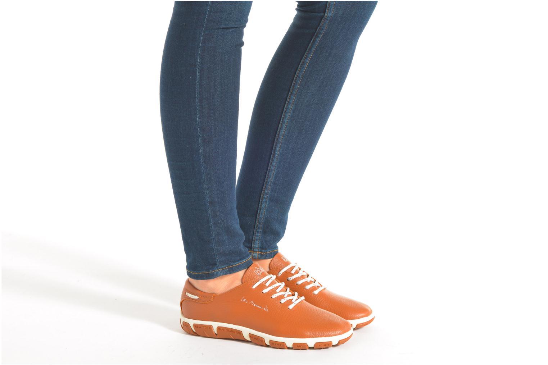Chaussures à lacets TBS Jazaru Marron vue bas / vue portée sac