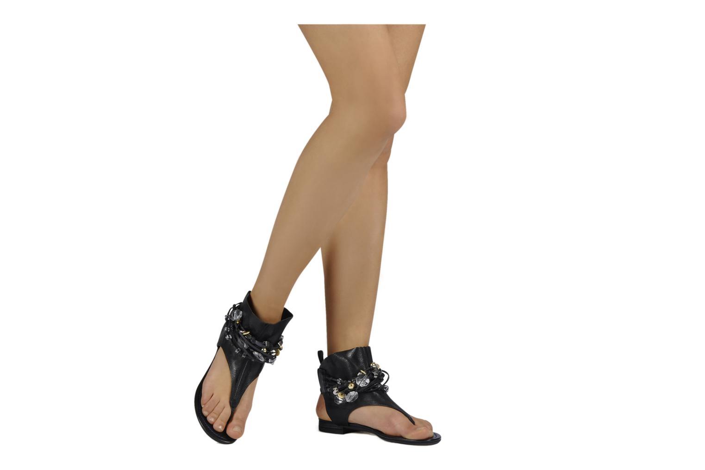 Sandales et nu-pieds Janet & Janet Follini Noir vue bas / vue portée sac