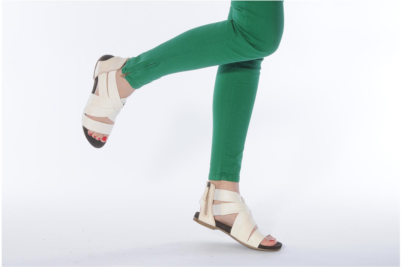 Sandales et nu-pieds Manas Lazos Blanc vue bas / vue portée sac