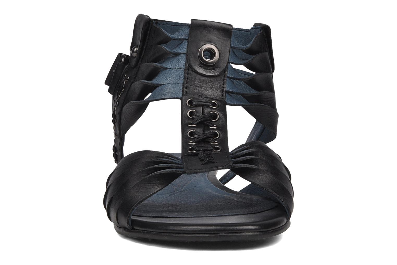 Sandales et nu-pieds Caprice Hyles Noir vue portées chaussures
