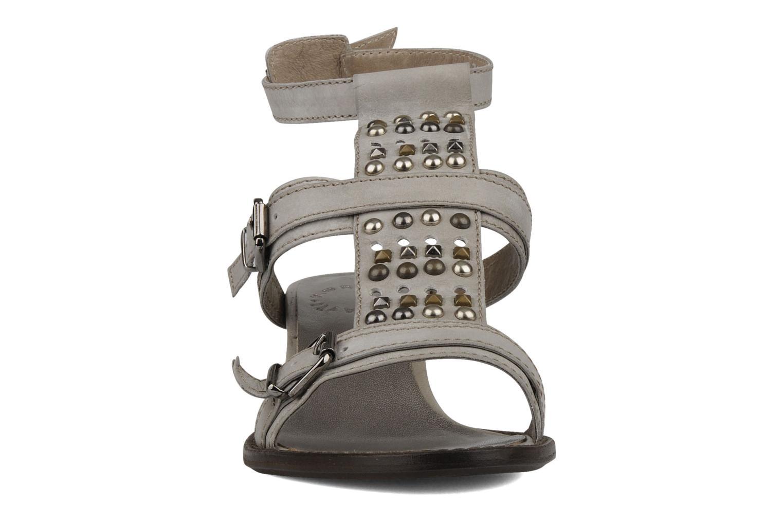 Sandales et nu-pieds Muratti Olpenitz Gris vue portées chaussures