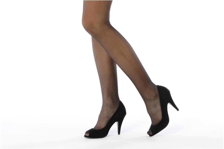 High heels Studio TMLS Louanne Black view from underneath / model view