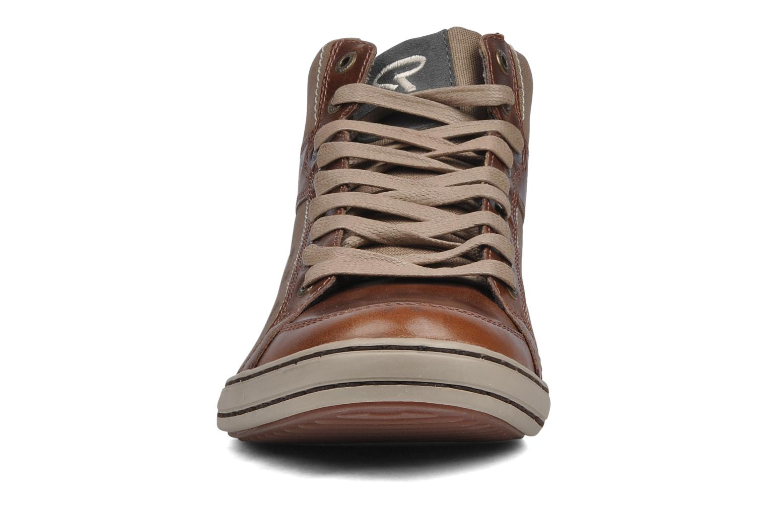 Trainers Redskins Evani Brown model view