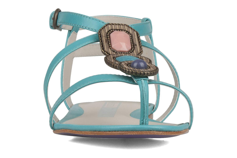 Sandales et nu-pieds Miezko Katilia Bleu vue portées chaussures