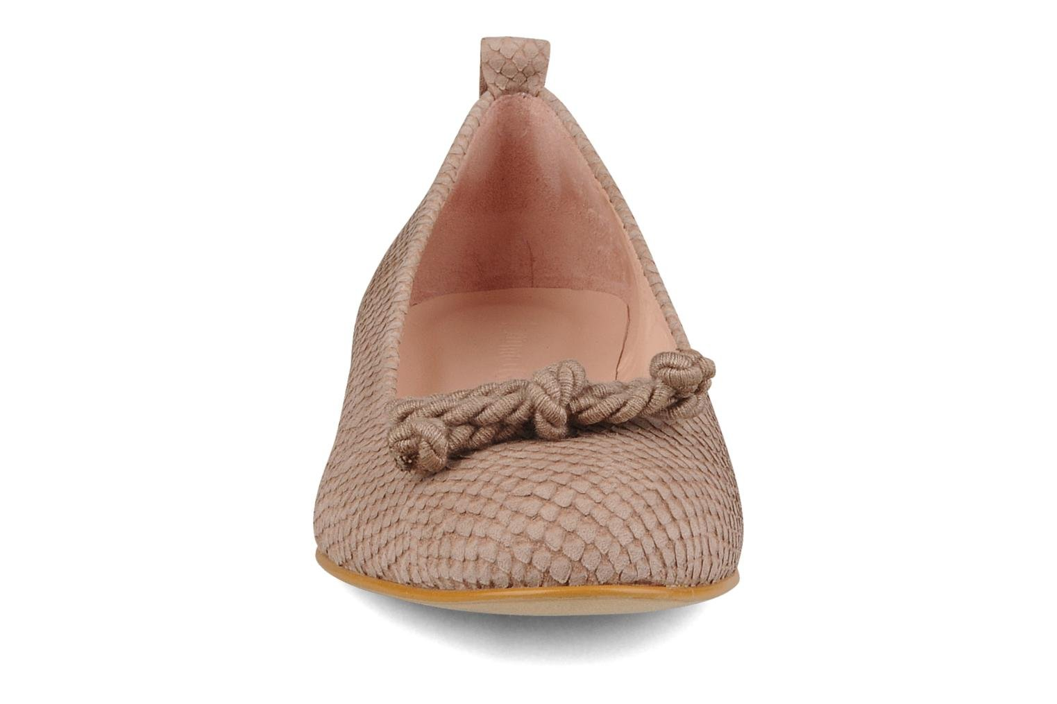 Millie Parma toast taupe big bow