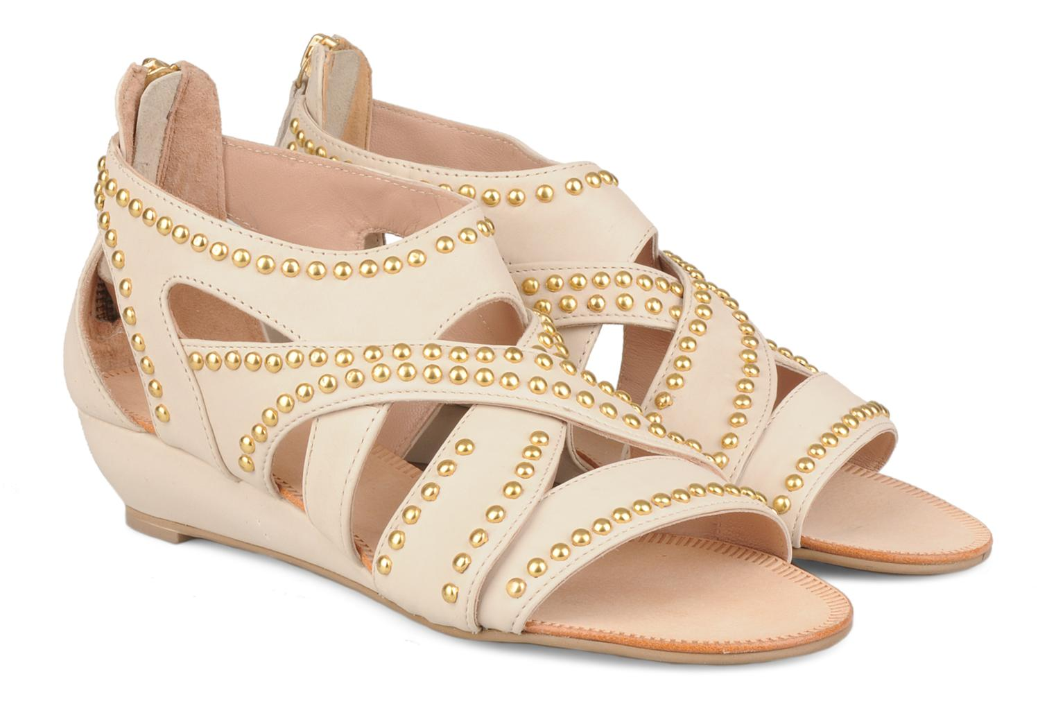 Sandals Carvela Kurly Beige 3/4 view