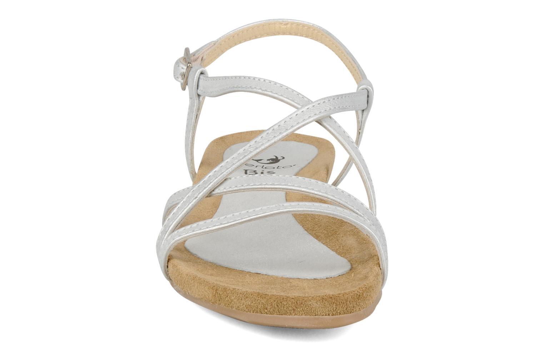 Sandalen Perlato Izalik silber schuhe getragen