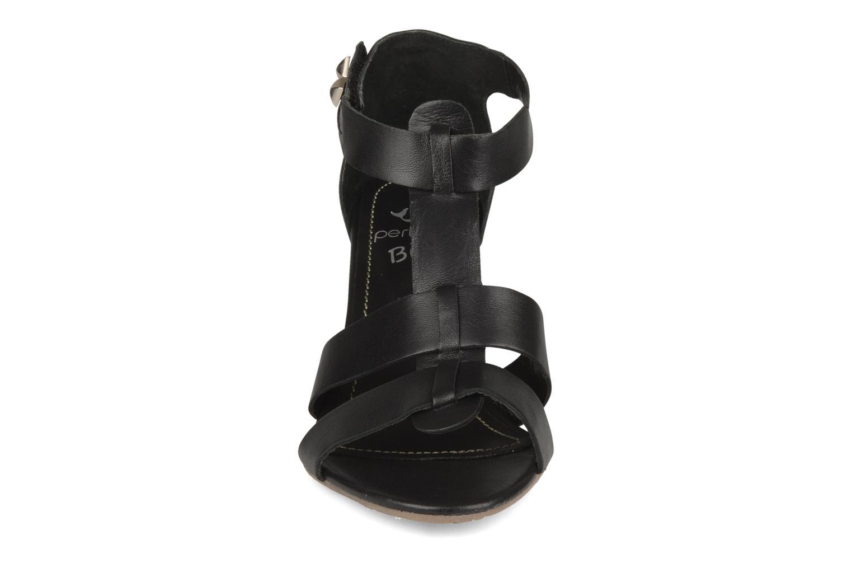 Sandales et nu-pieds Perlato Kusmi Noir vue portées chaussures