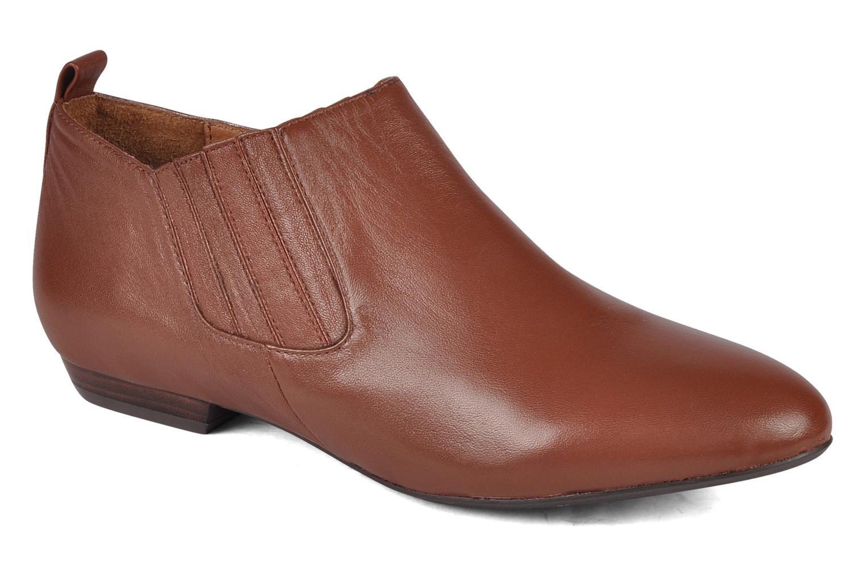 Selia Brown leather
