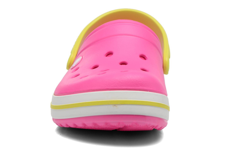 Sandales et nu-pieds Crocs Crocband kids Rose vue portées chaussures
