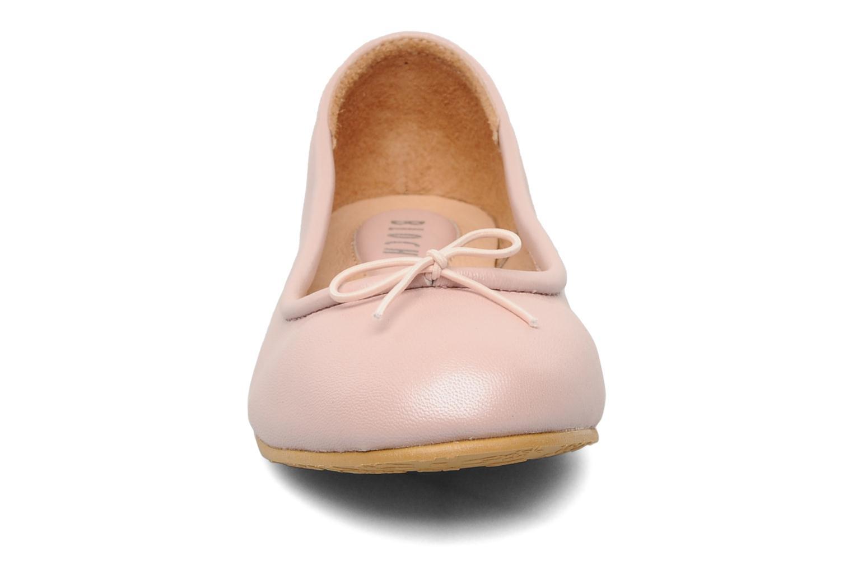 Ballerines Bloch Arabella Rose vue portées chaussures
