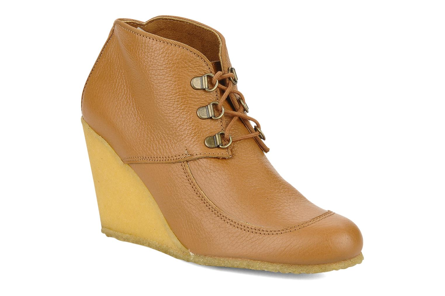 Ankle boots Le Mont St Michel Alameda Brown detailed view/ Pair view