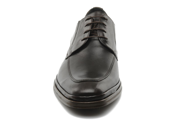 Schnürschuhe Fluchos Dylan 6719 braun schuhe getragen