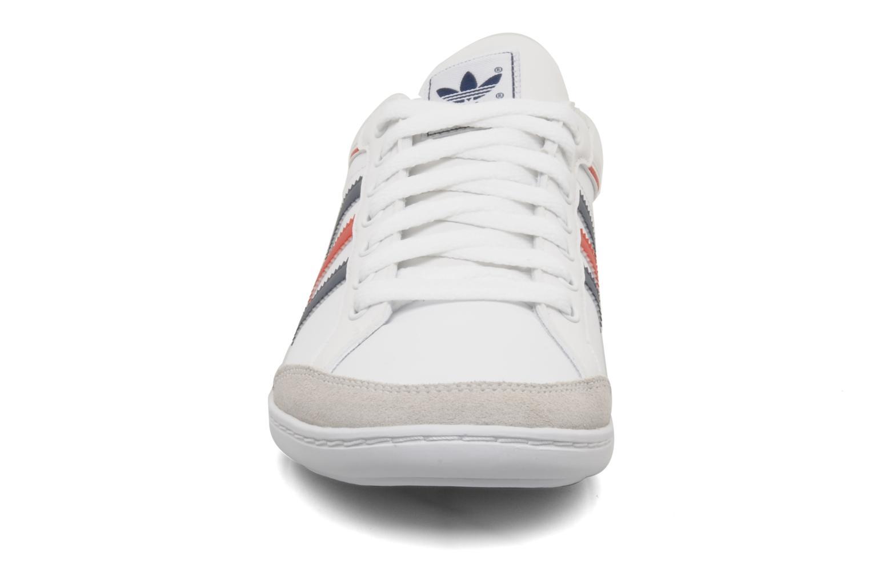 Baskets Adidas Originals Plimcana low Blanc vue portées chaussures