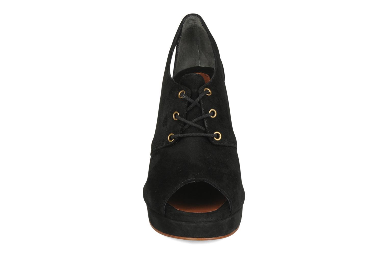 Scarpe con lacci Tila March Wedge derby Nero modello indossato