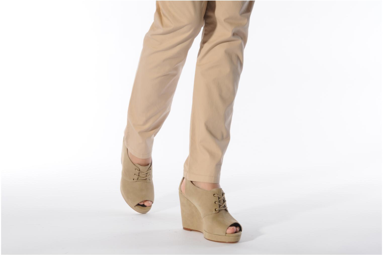 Lace-up shoes Tila March Wedge derby Beige view from underneath / model view