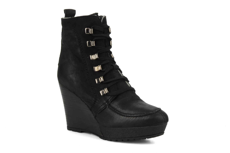 Ankle boots Carvela Sasha Black detailed view/ Pair view