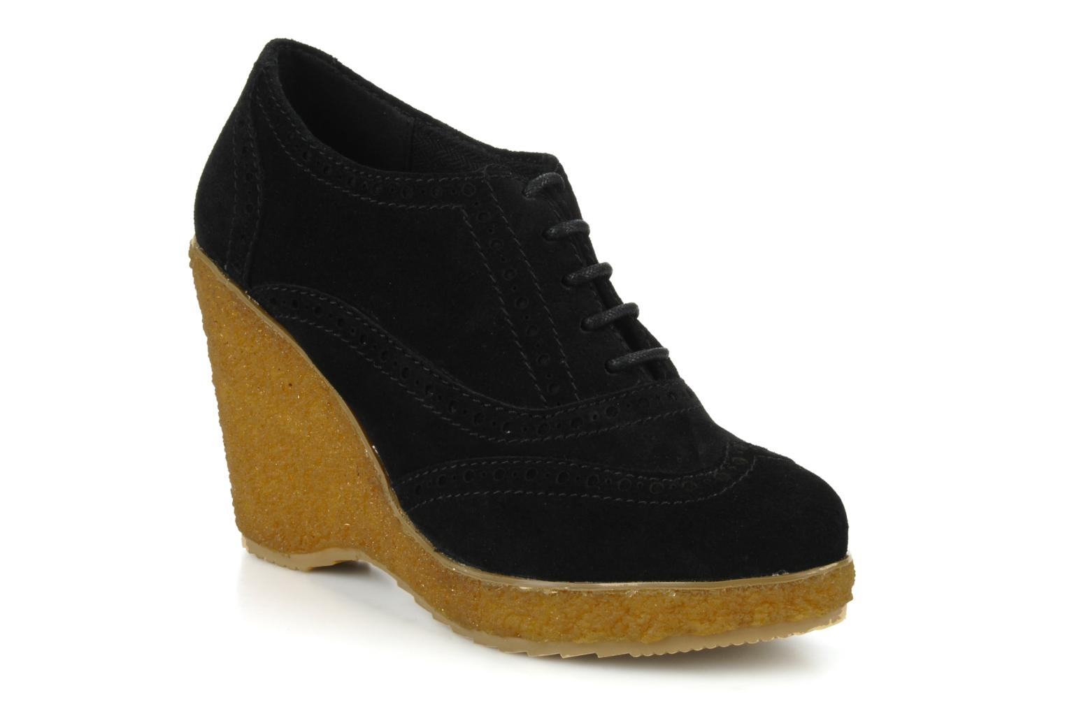 Lace-up shoes Carvela Albert Black detailed view/ Pair view