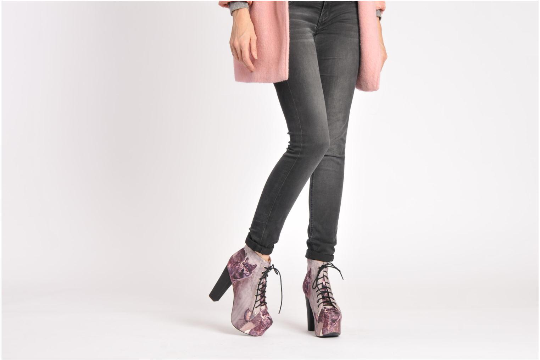 Bottines et boots Jeffrey Campbell Lita Noir vue bas / vue portée sac