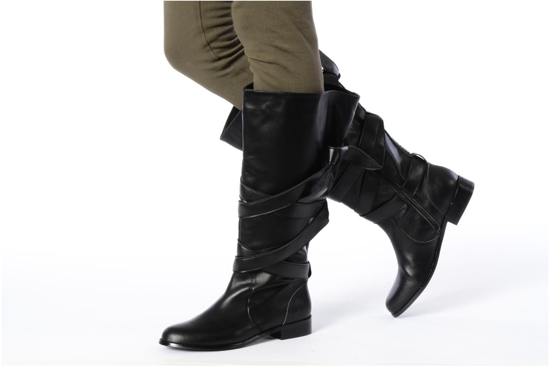 Stiefel Georgia Rose Lavinia schwarz ansicht von unten / tasche getragen