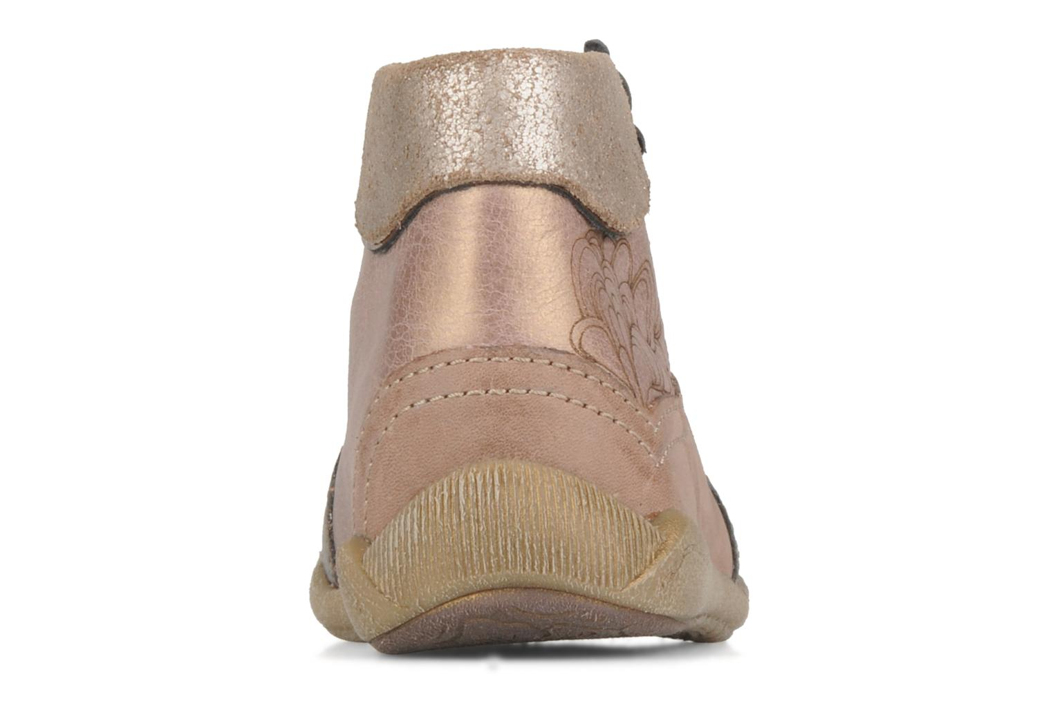 Ankle boots Babybotte Alya Pink view from the right