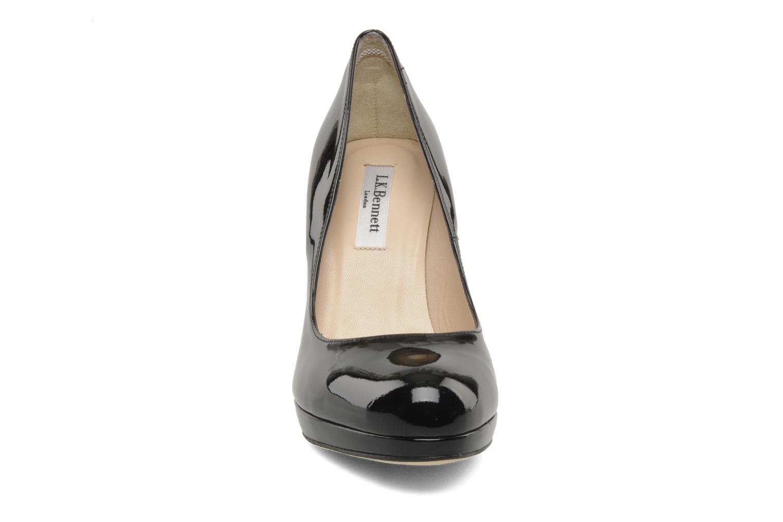 Zapatos de tacón L.K. Bennett Sledge Negro vista del modelo