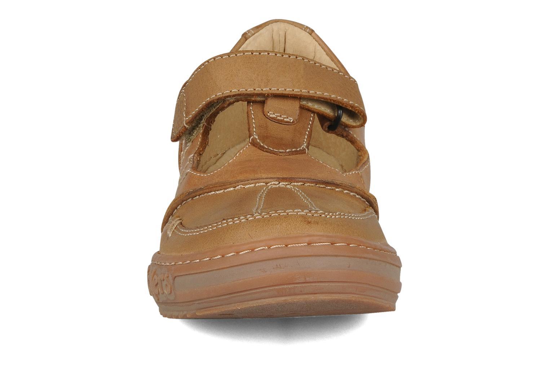 Chaussures à lacets Kickers Jimpy Marron vue portées chaussures