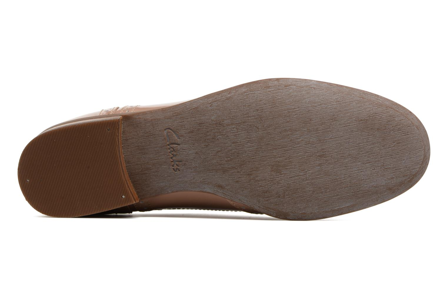 Lace-up shoes Clarks Hamble oak Beige view from above