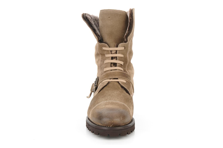 Bottines et boots Georgia Rose Molton Beige vue portées chaussures
