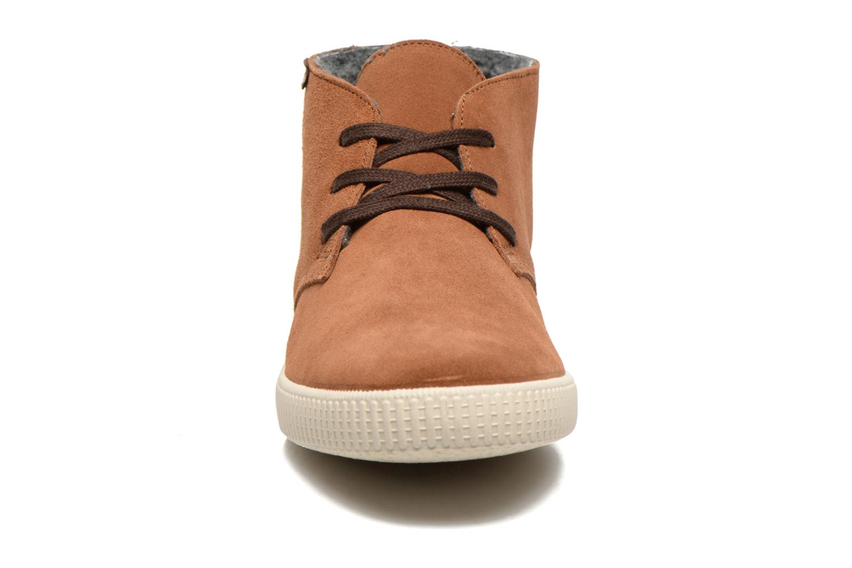 Zapatos con cordones Victoria Safari serraje M Marrón vista del modelo