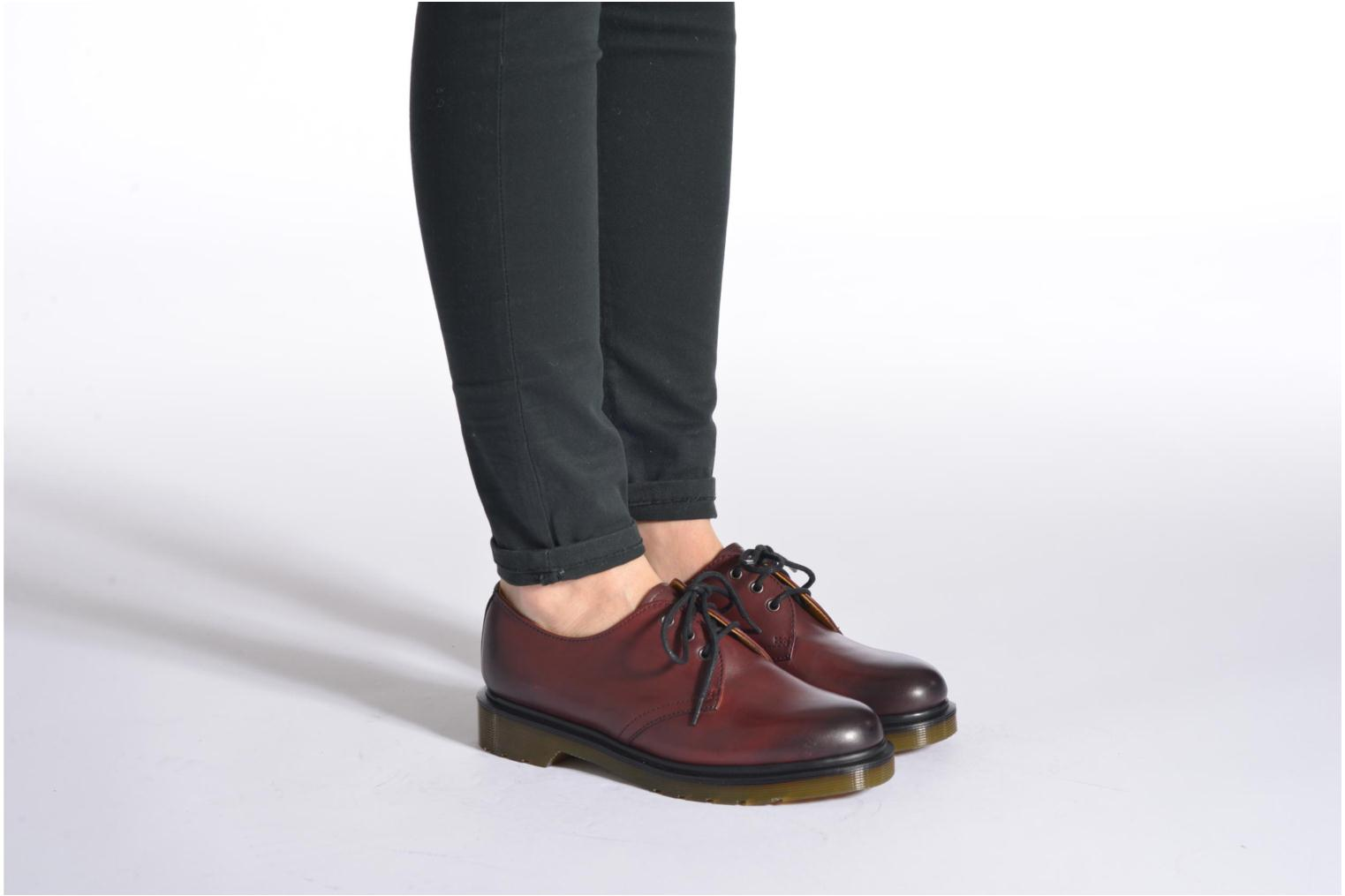 Lace-up shoes DR. Martens 1461 w Burgundy view from underneath / model view