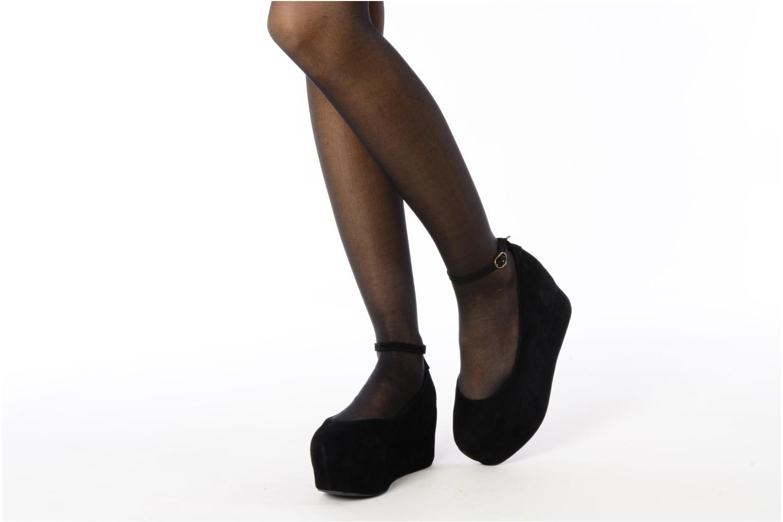High heels Jeffrey Campbell Beebee Black view from underneath / model view