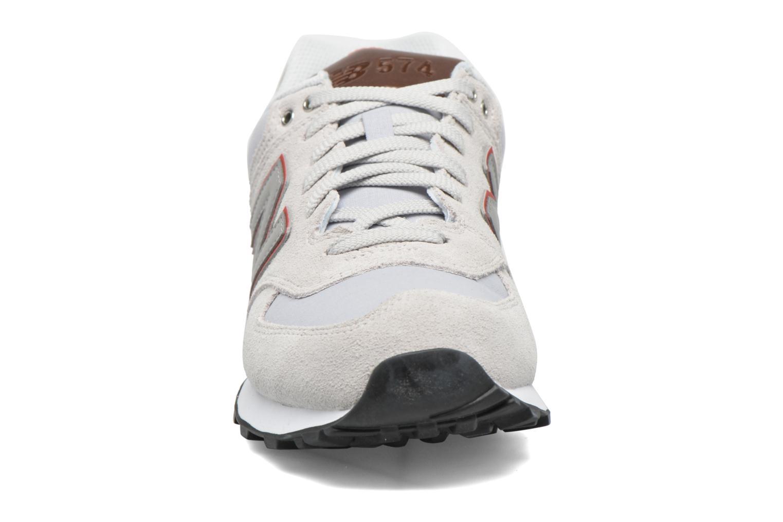 Baskets New Balance Ml574 Beige vue portées chaussures