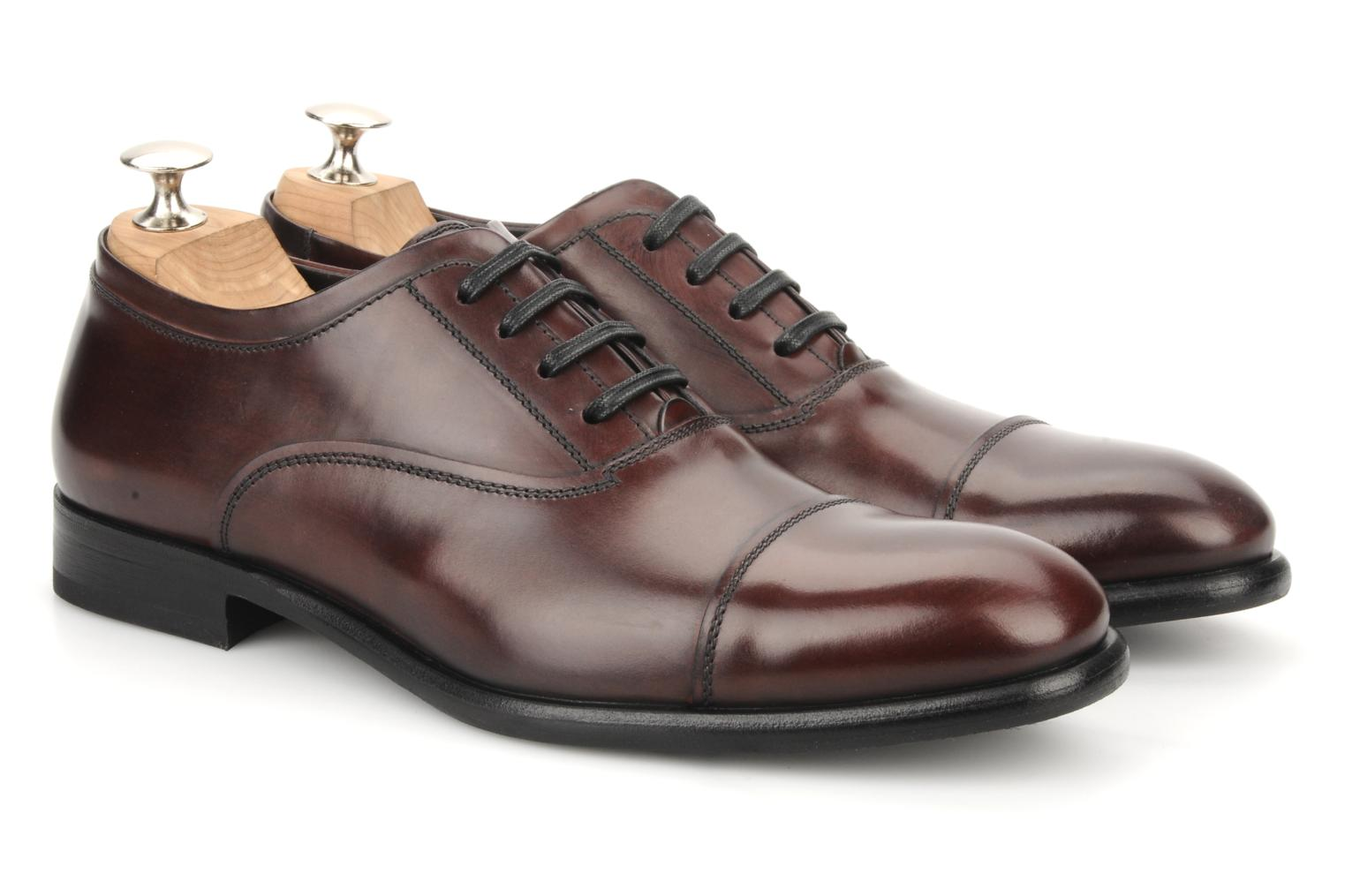 Lace-up shoes Doucal's Pierrot Burgundy 3/4 view