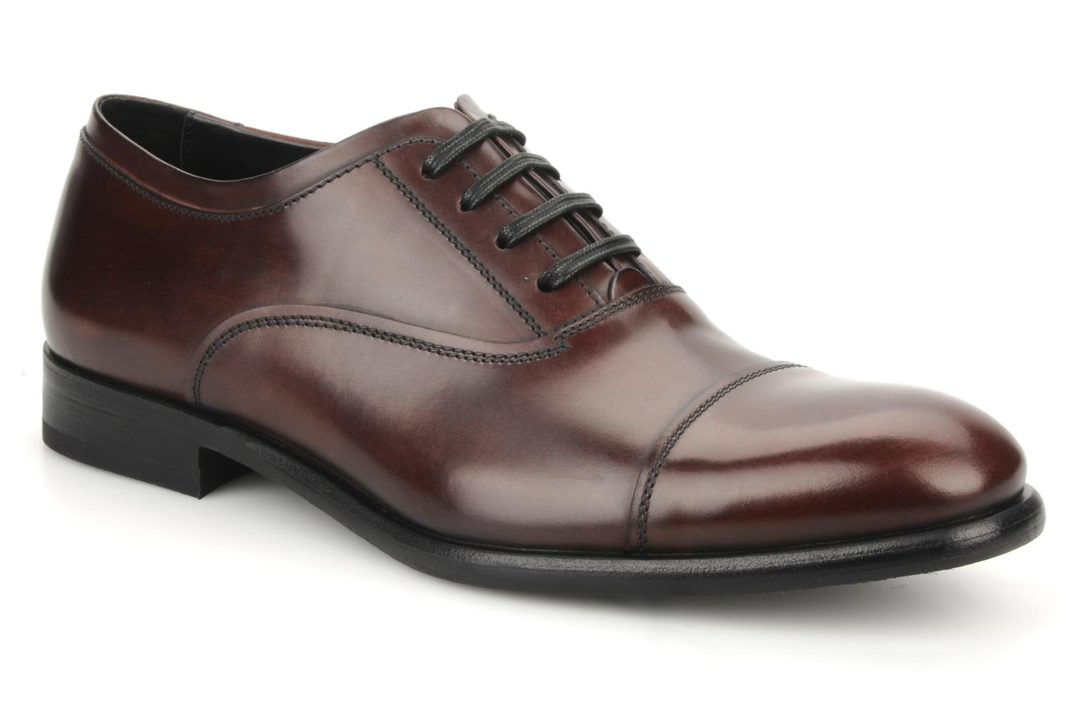Lace-up shoes Doucal's Pierrot Burgundy detailed view/ Pair view
