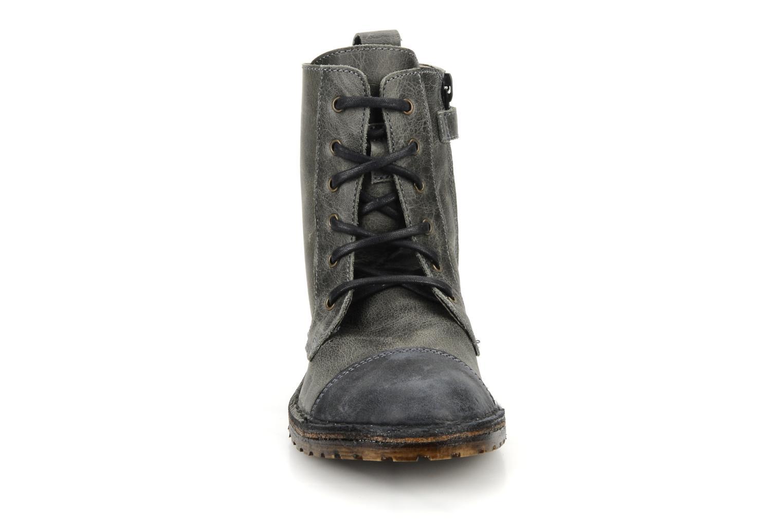 Stiefeletten & Boots C'Entre Maman & Moi! Mitad grau schuhe getragen