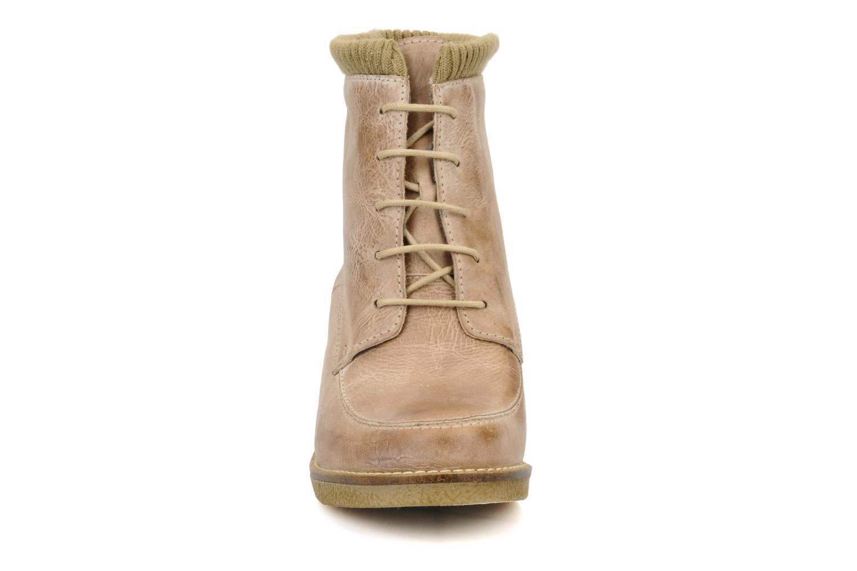 Bottines et boots Castaluna Mildred XL Beige vue portées chaussures