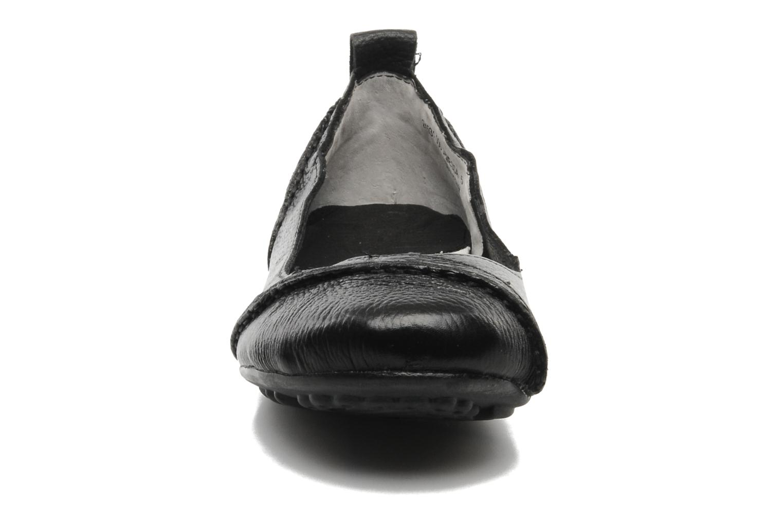 Ballerines Hush Puppies Janessa Noir vue portées chaussures