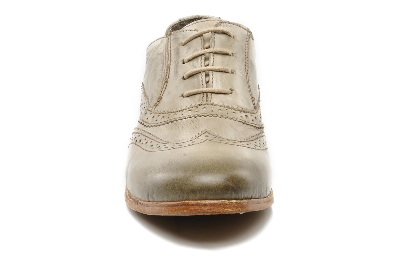 Chaussures à lacets IKKS Carey Gris vue portées chaussures