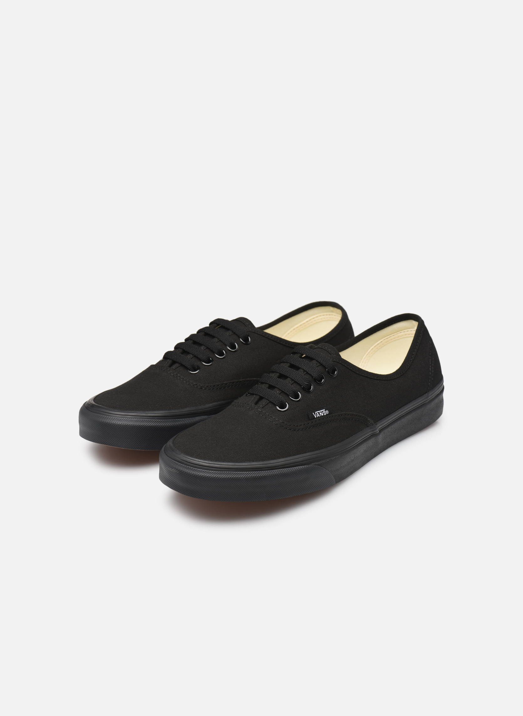 Authentic w Black/black