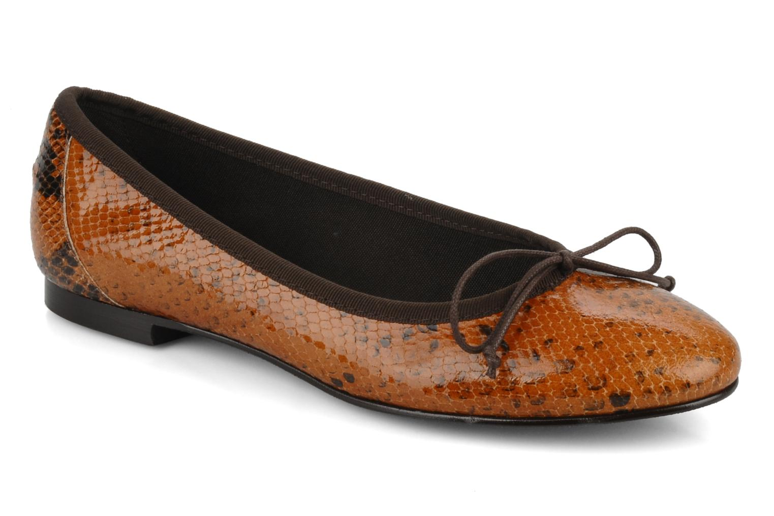 Ballet pumps Eden Kawi Brown detailed view/ Pair view