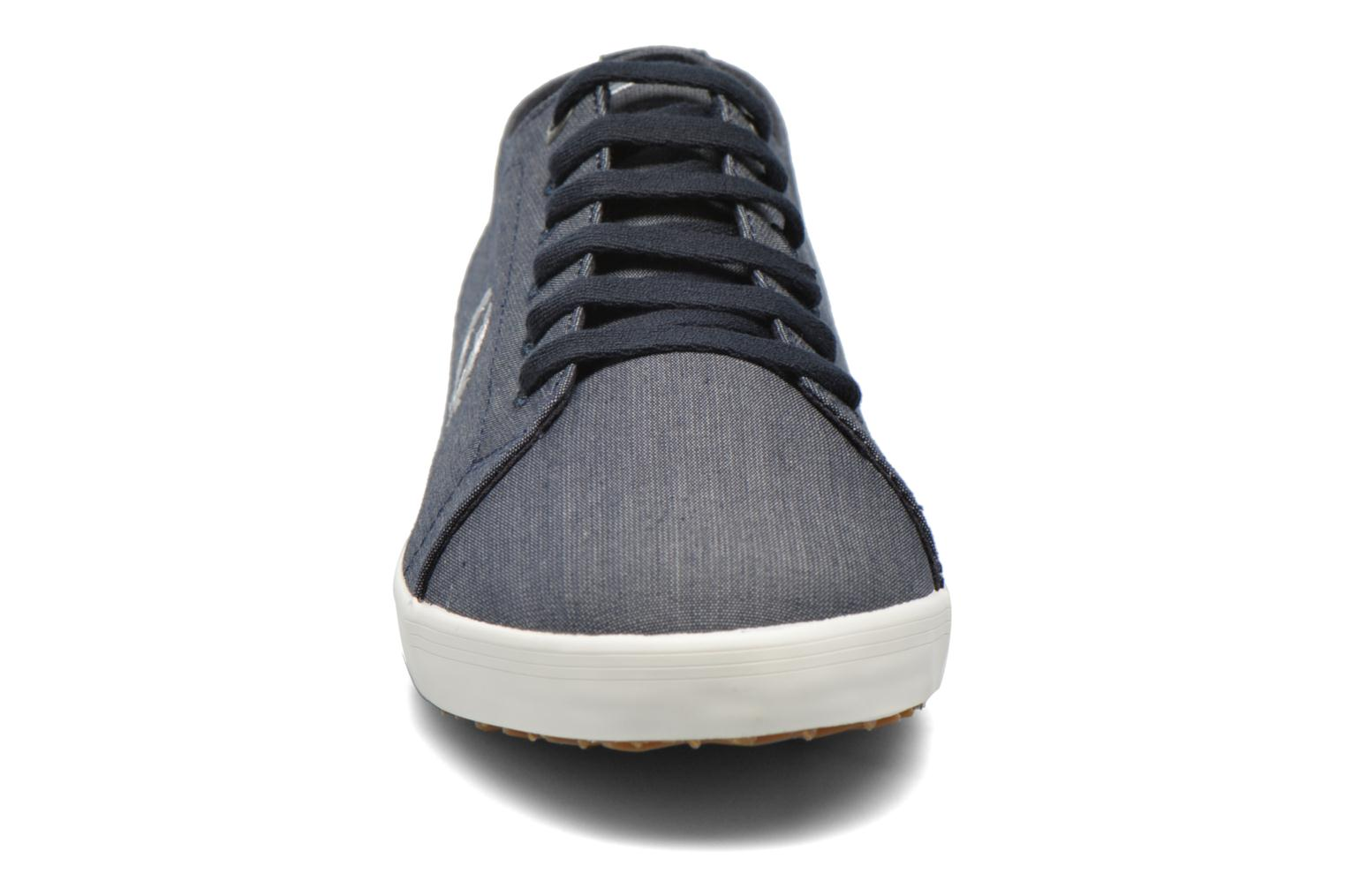 Sneaker Fred Perry Kingston Chambray blau schuhe getragen