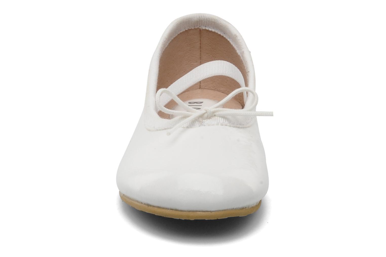 Ballerinaer Bloch Toddler Cha cha Hvid se skoene på